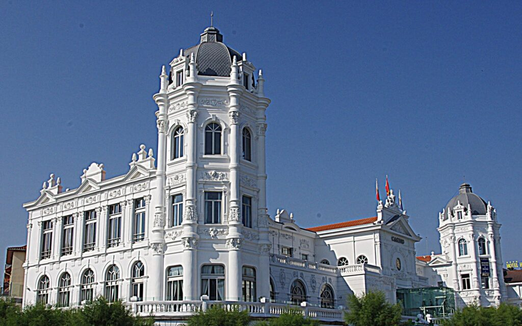 Santander_Casino_-_panoramio-1536x960